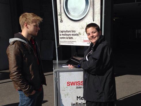 Dans la rue, pour vous parler de Swissaid